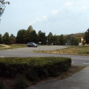 Blumberger Damm 300, hinter der Gesamtschule